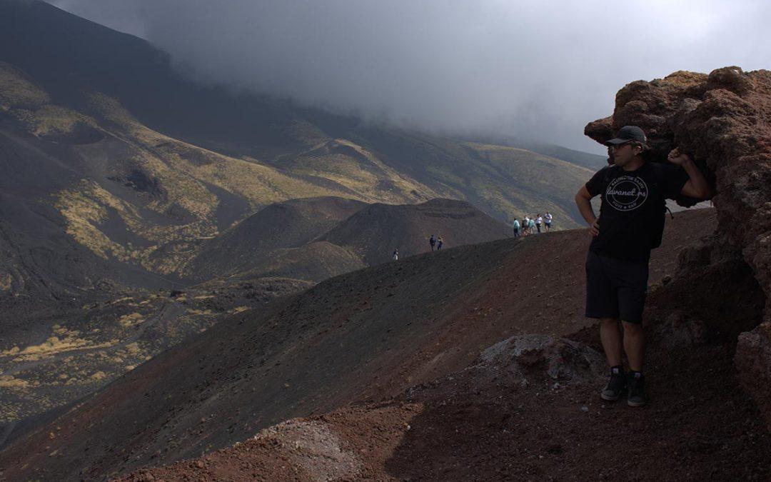 Dragan Stojanović na obroncima vulkana Etna na Siciliji.