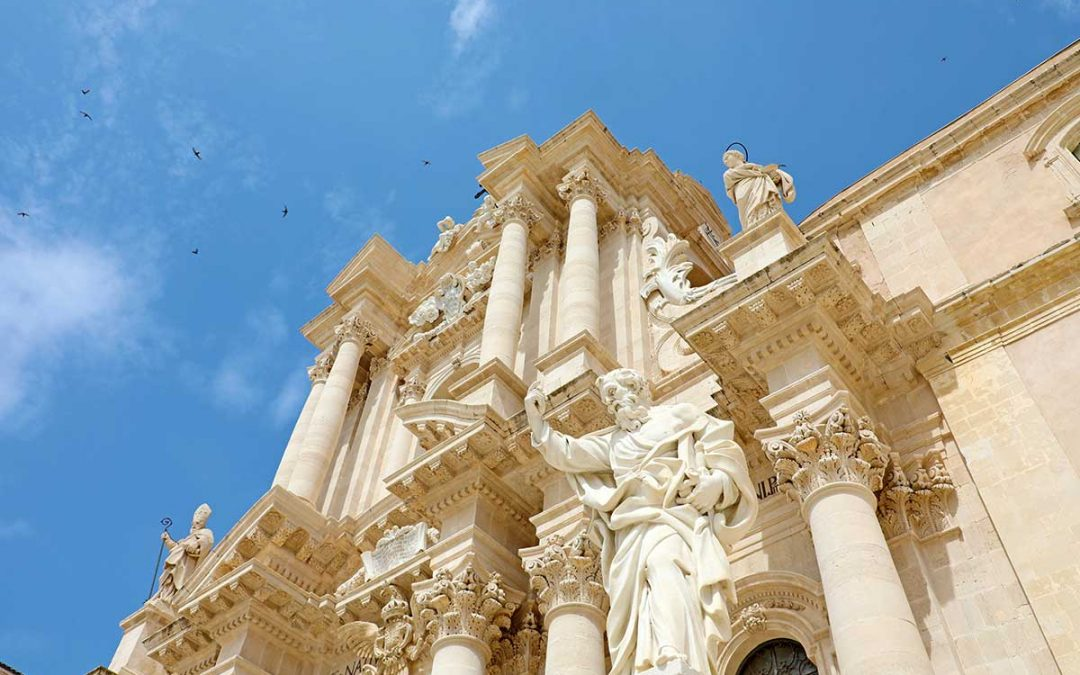 Katedrala Duomo di Syracuse na Siciliji, ostrvo Ortiđa.